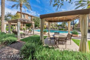 2445 E MONTECITO Avenue, Phoenix, AZ 85016