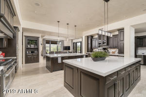 10355 E ROBS CAMP Road, Scottsdale, AZ 85255
