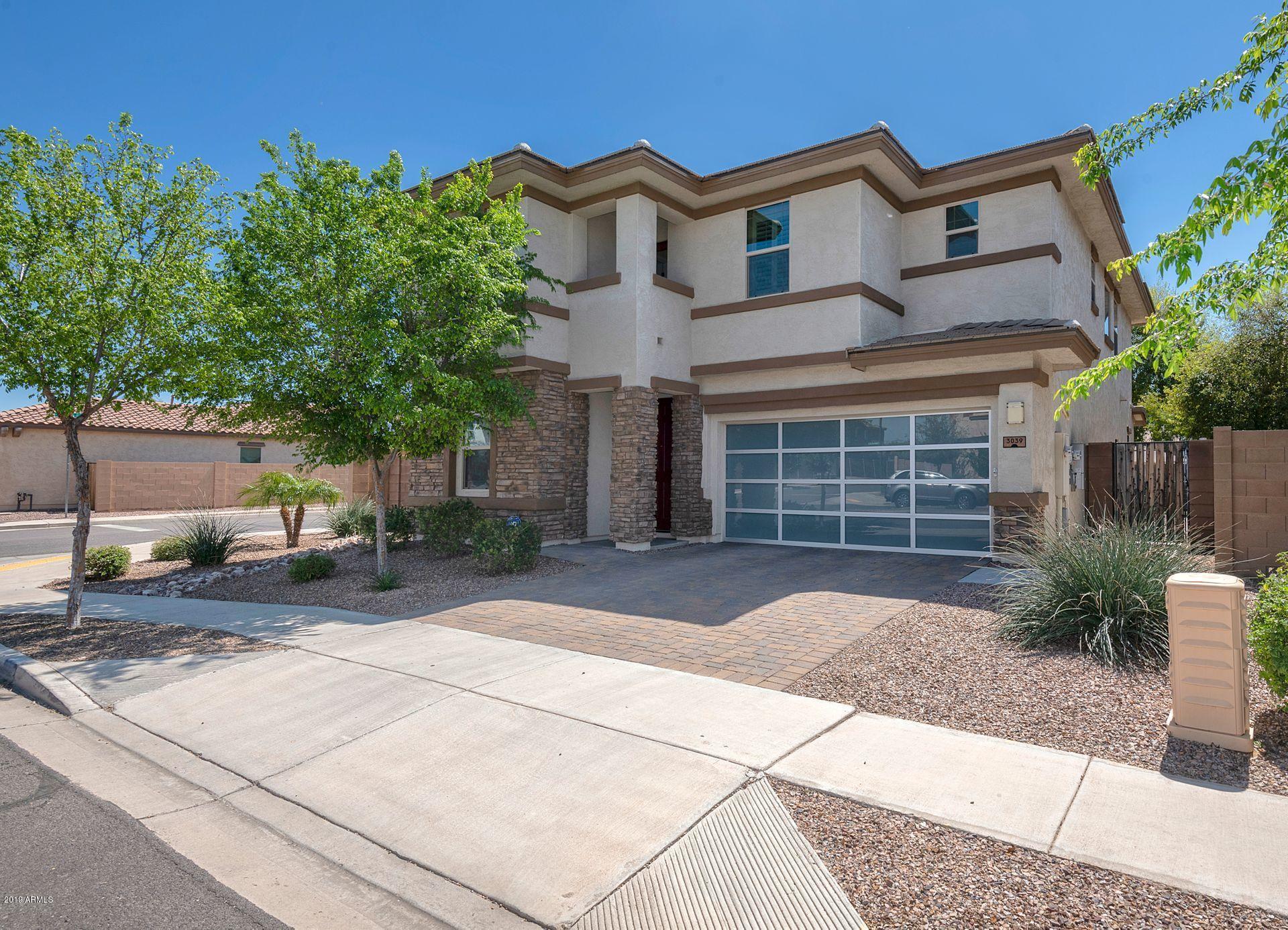 Photo of 3039 E IVANHOE Street, Gilbert, AZ 85295
