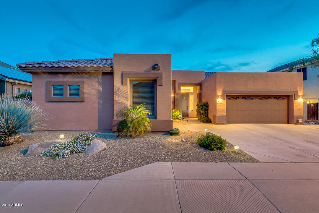 Photo of 9713 E LOBO Avenue, Mesa, AZ 85209