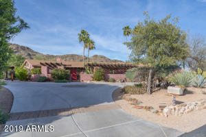 6635 N SMOKE TREE Lane, Paradise Valley, AZ 85253