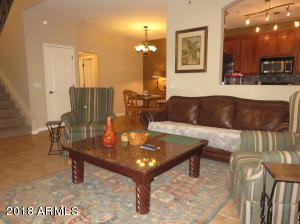 3440 N 38TH Street, 106, Phoenix, AZ 85018