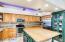entrance/kitchen1