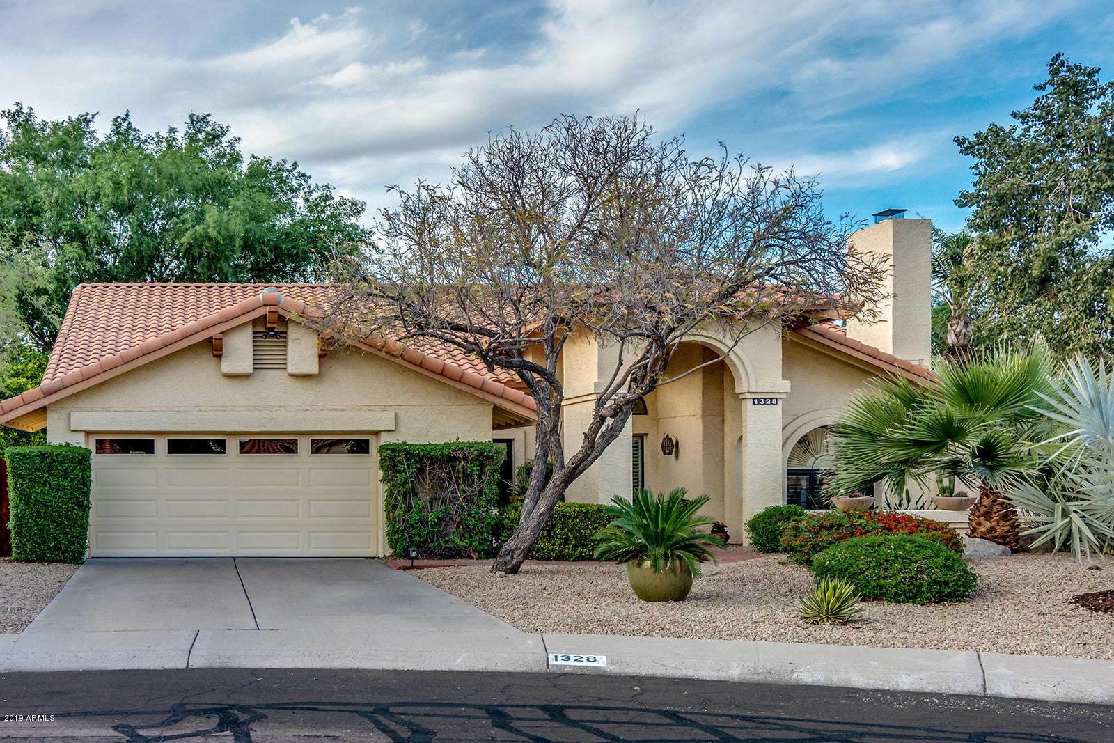 Photo of 1328 E Le Marche Avenue, Phoenix, AZ 85022