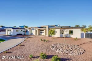 Property for sale at 9148 N 66th Place, Paradise Valley,  Arizona 85253