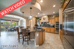 587 E LADDOOS Avenue, San Tan Valley, AZ 85140