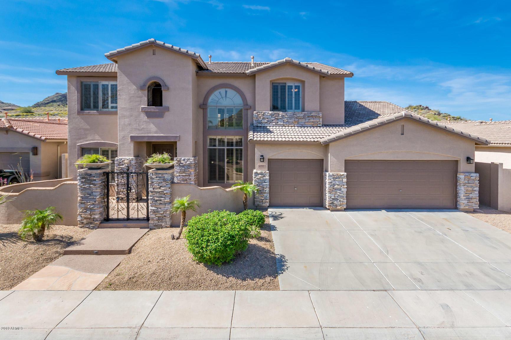 6111 W HEDGEHOG Place, Deer Valley, Arizona