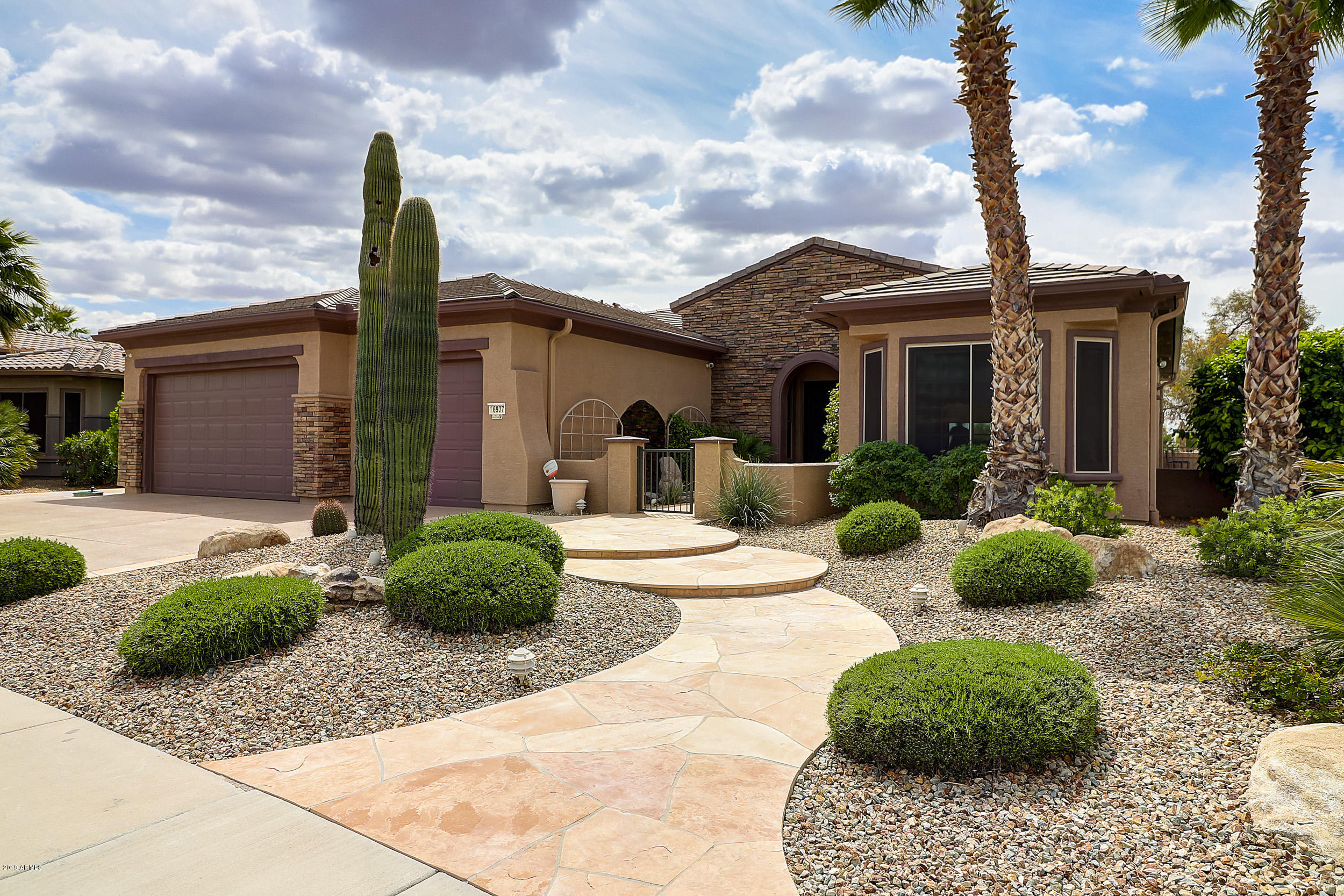 16937 W ARTESIA Drive, Surprise, Arizona