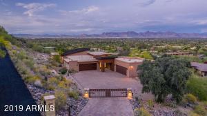8249 N CHARLES Drive, Paradise Valley, AZ 85253