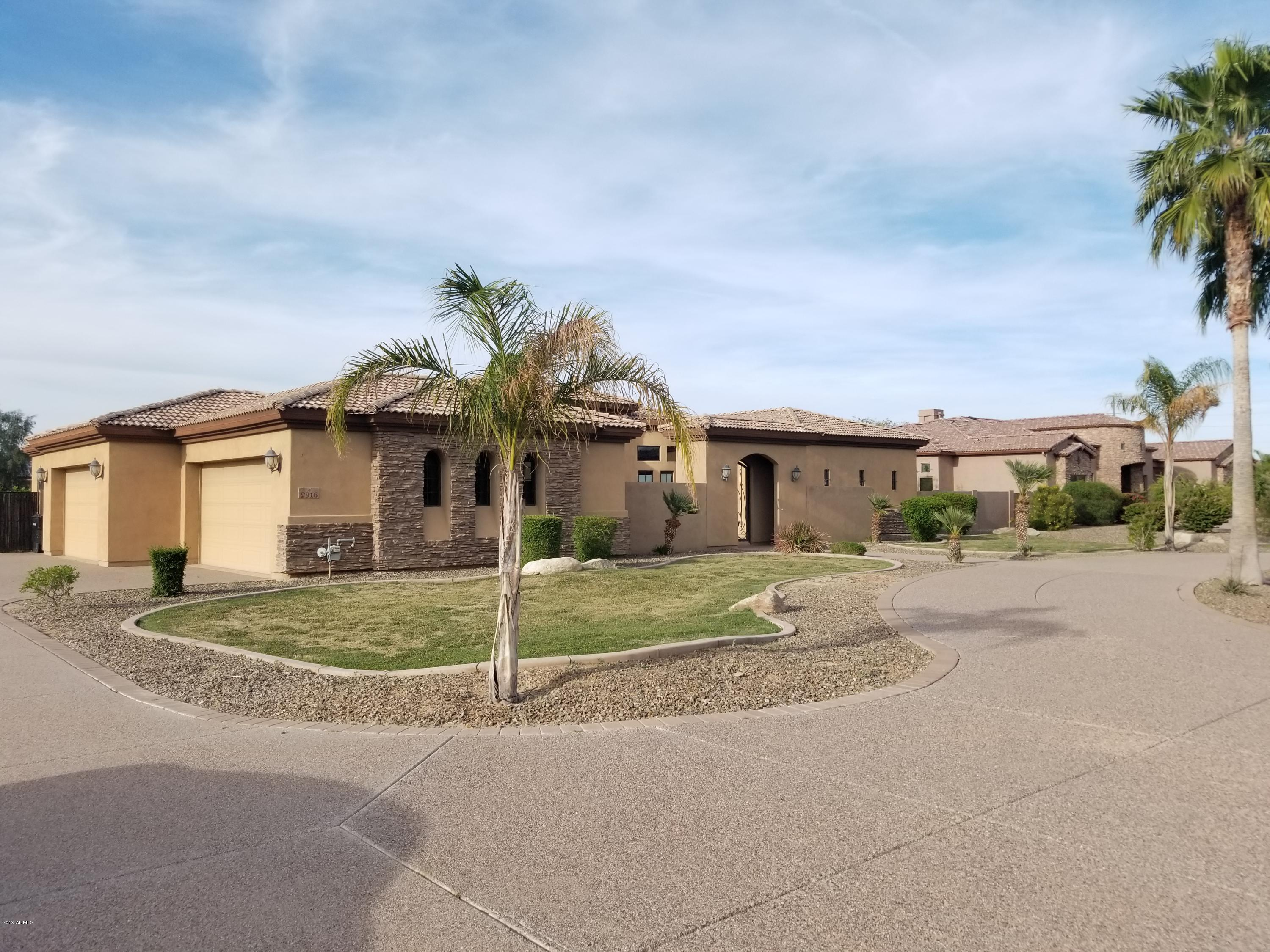 Photo of 2916 E ARROWHEAD TRAIL Trail, Gilbert, AZ 85297