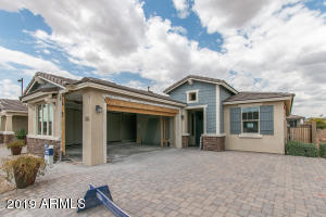14590 W PASADENA Avenue, Litchfield Park, AZ 85340