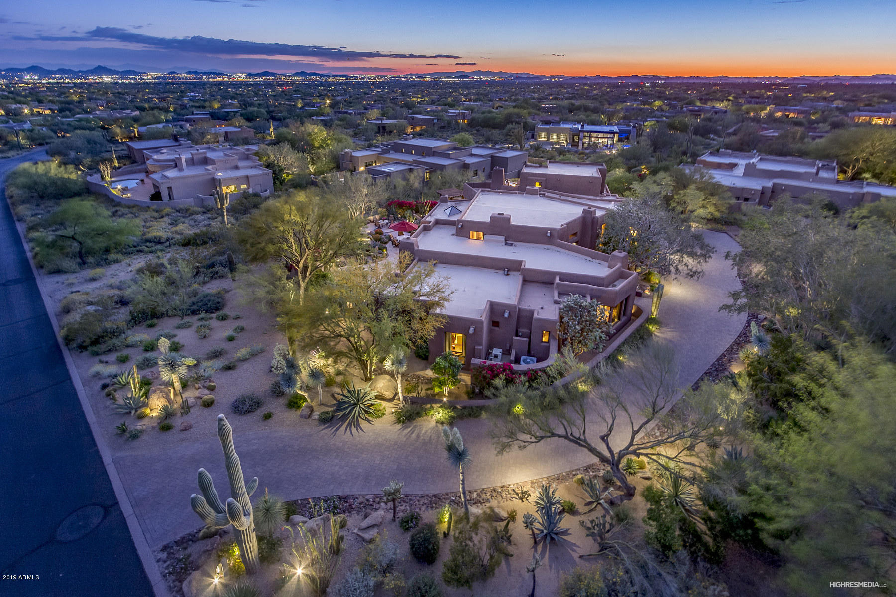 Photo of 10040 E HAPPY VALLEY Road #504, Scottsdale, AZ 85255