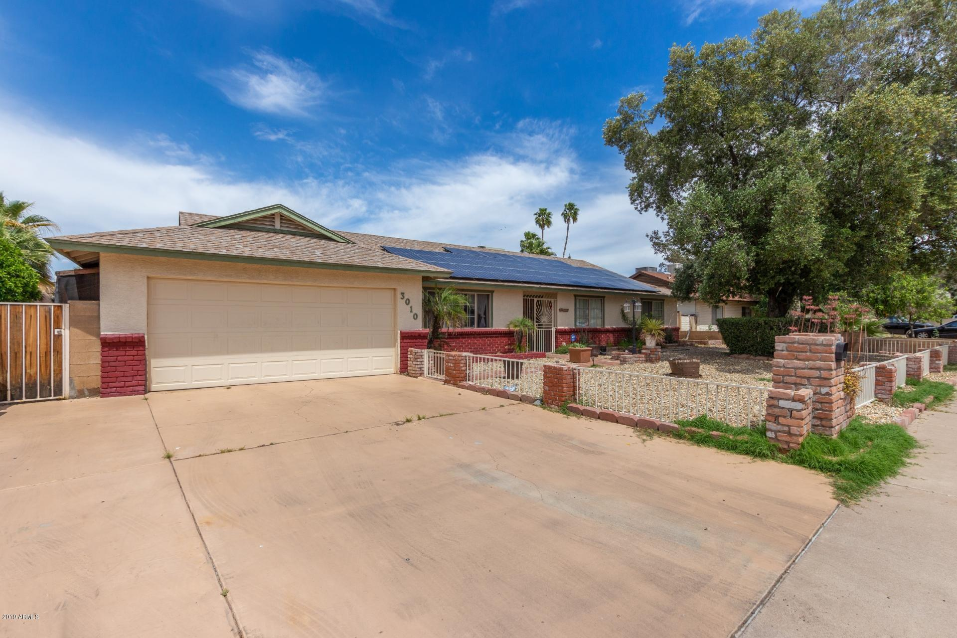 Photo of 3010 W CLINTON Street, Phoenix, AZ 85029