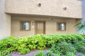 920 E DEVONSHIRE Avenue, 1004, Phoenix, AZ 85014