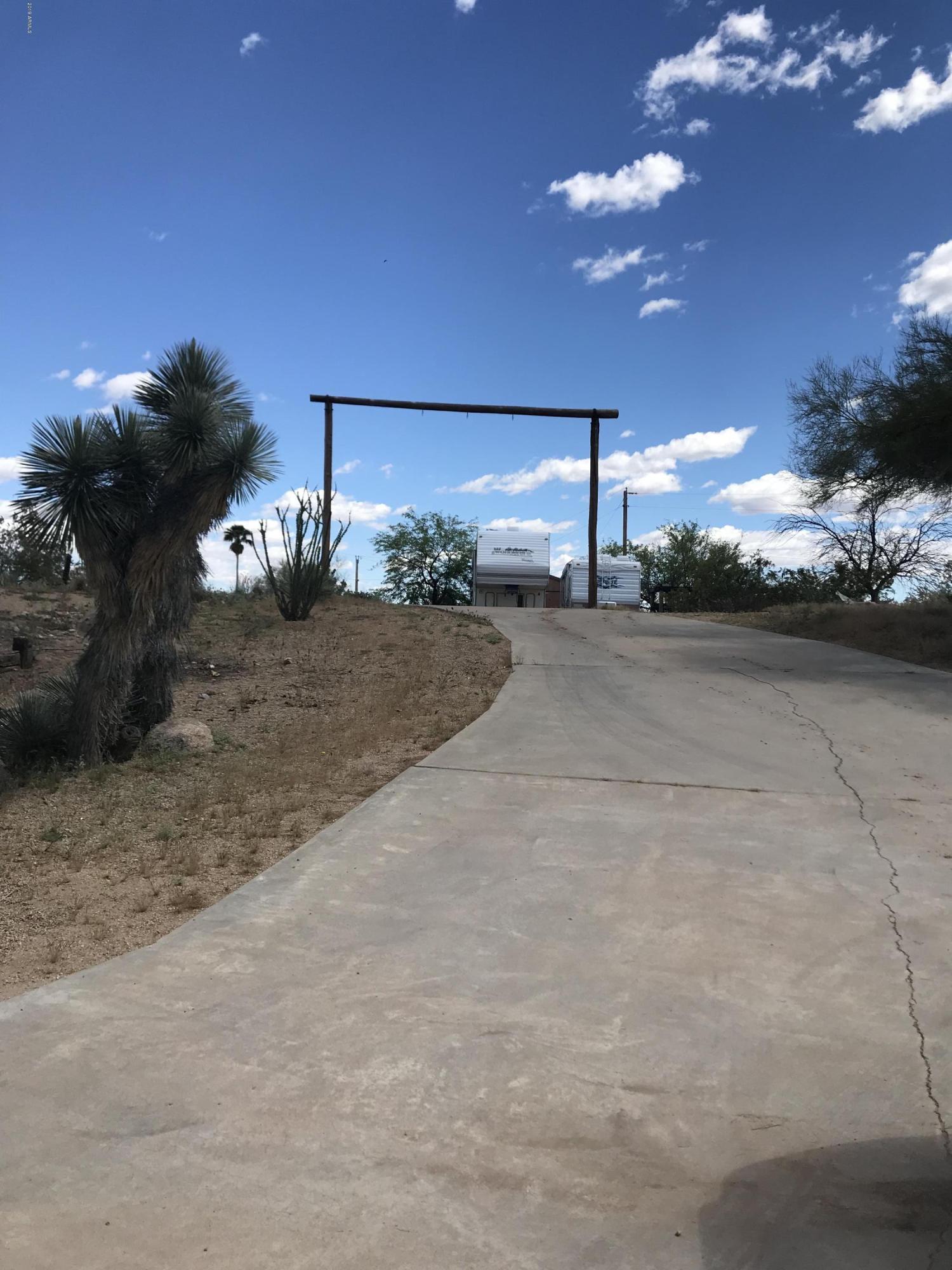 Photo of 1605 N Little Stonehedge Ranch Road, Wickenburg, AZ 85390