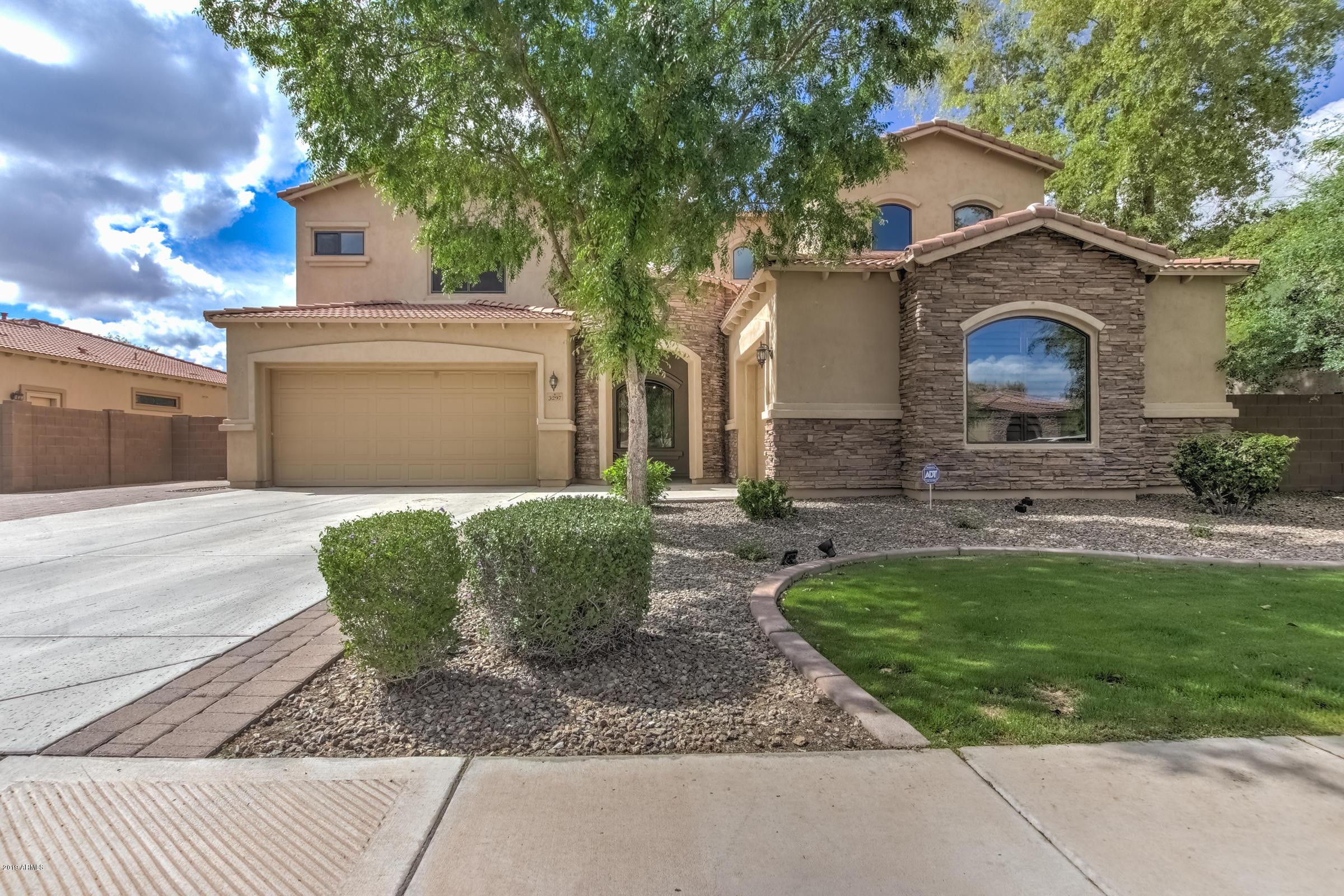 Photo of 3297 E BARTLETT Place, Chandler, AZ 85249
