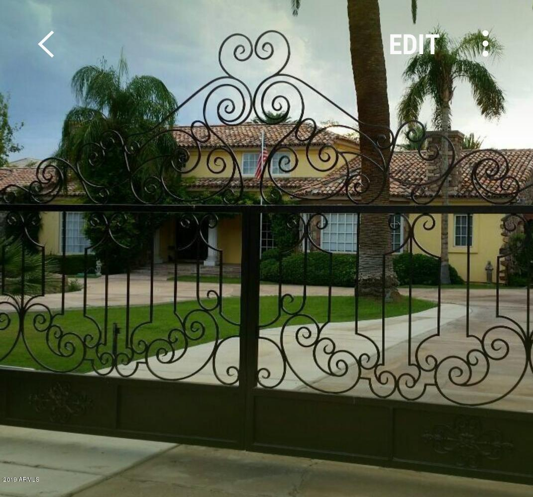 Photo of 45 Biltmore Estates Drive, Phoenix, AZ 85016