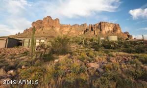 35XX N LA BARGE Road, -, Apache Junction, AZ 85119
