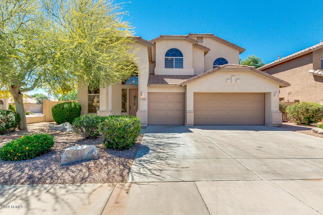 Photo of 532 N BELL Drive, Chandler, AZ 85225