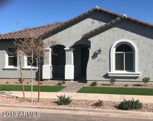 2915 S BAR DIAMOND Street, Gilbert, AZ 85295