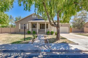 967 N SENATE Street, Chandler, AZ 85225