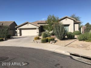 2734 S SETON Avenue, Gilbert, AZ 85295