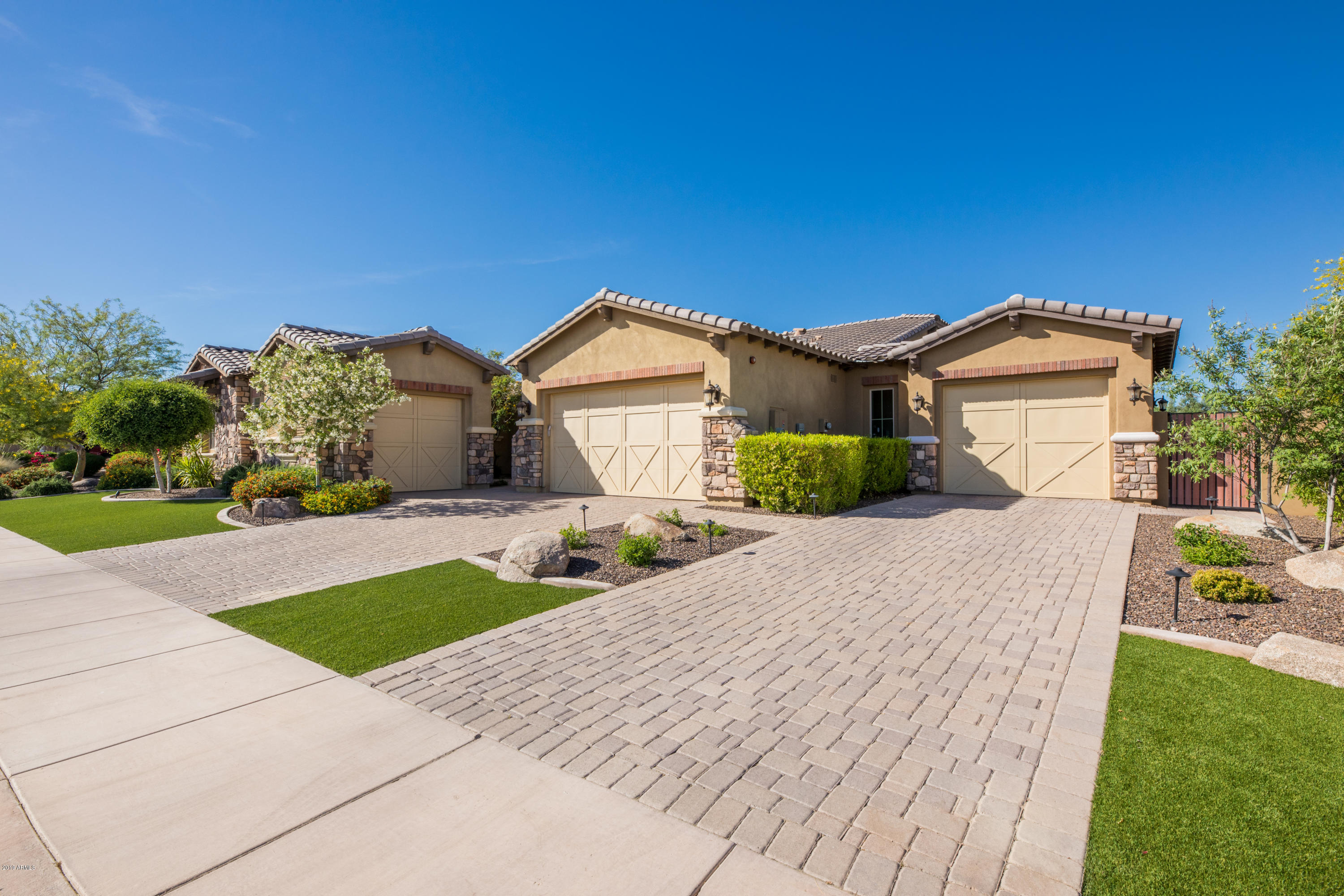 Photo of 12854 W TYLER Trail, Peoria, AZ 85383