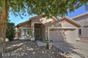 1352 S PORTLAND Avenue, Gilbert, AZ 85296