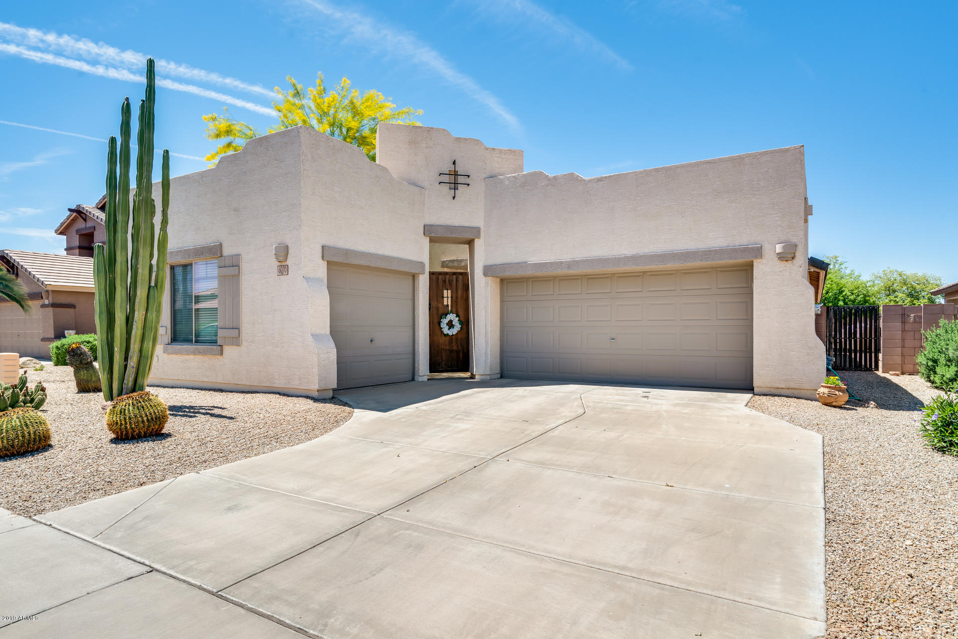 Photo of 6070 S FOUR PEAKS Place, Chandler, AZ 85249