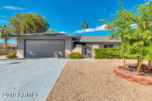 13030 W Desert Glen Drive, Sun City West, AZ 85375