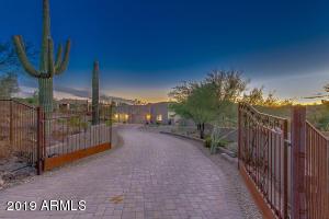 44728 N 18TH Street, New River, AZ 85087