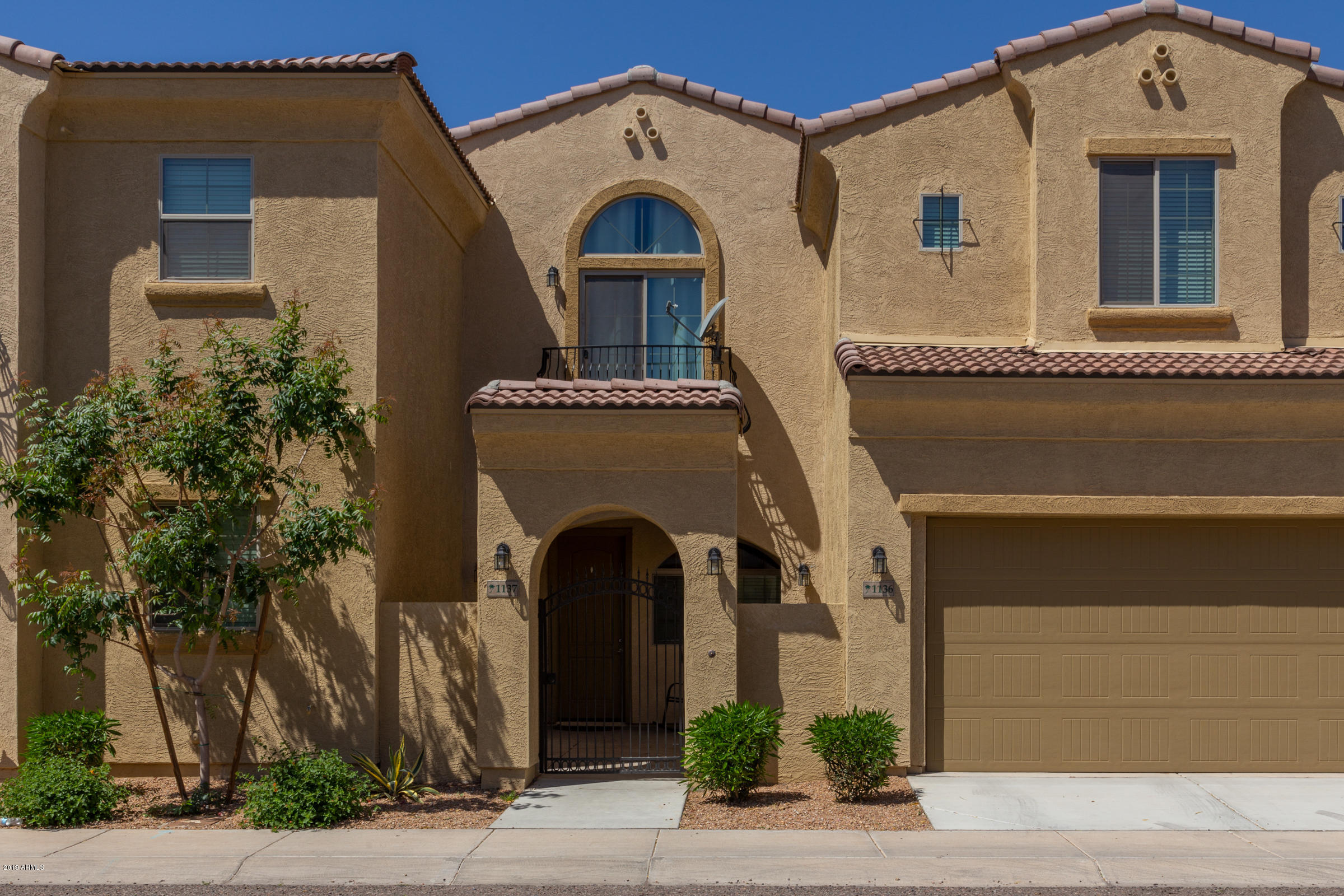 Photo of 1367 S Country Club Drive #1137, Mesa, AZ 85210