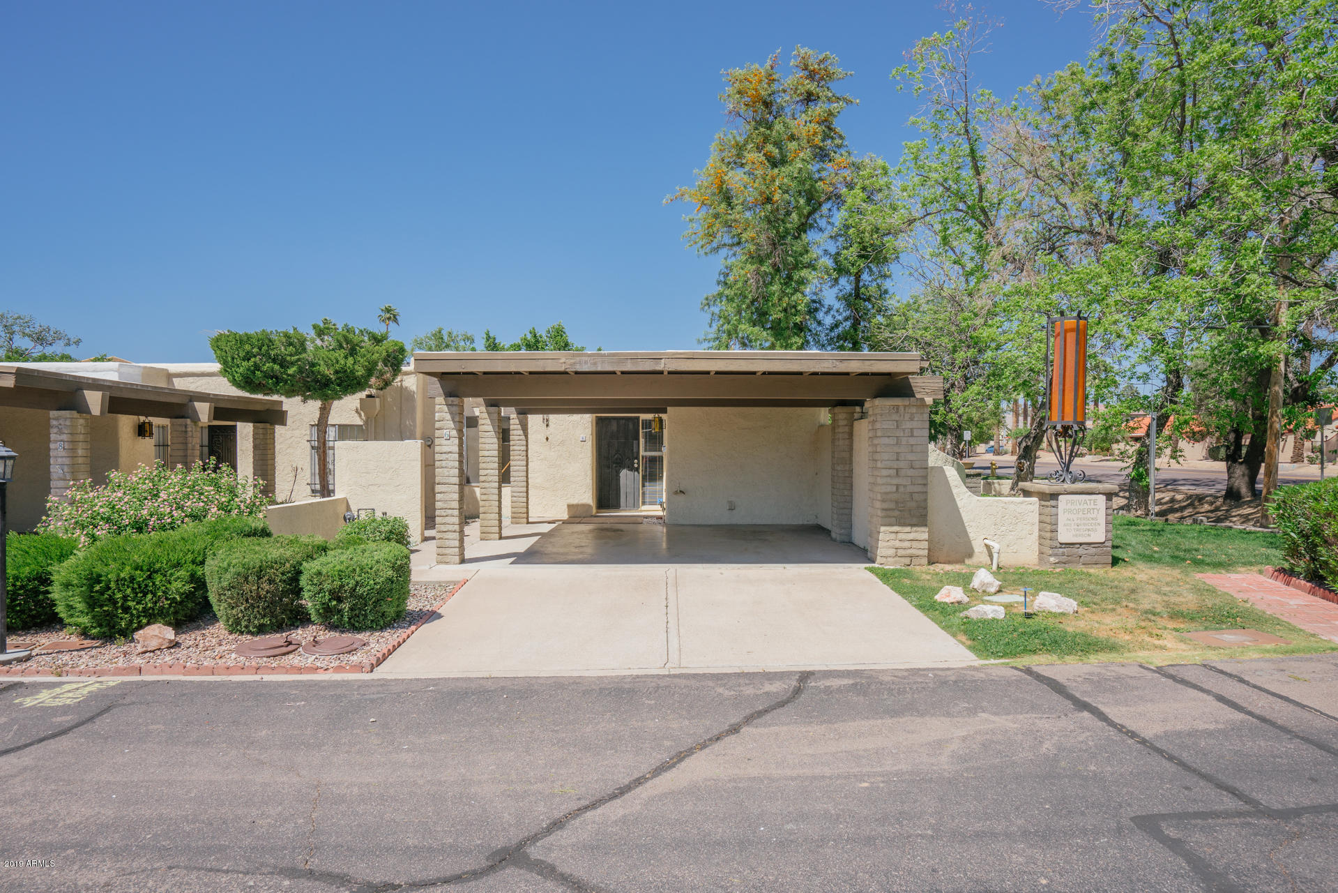 6 W CASA HERMOSA Drive, one of homes for sale in North Mountain-Phoenix