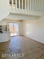 4240 N LONGVIEW Avenue, 13, Phoenix, AZ 85014