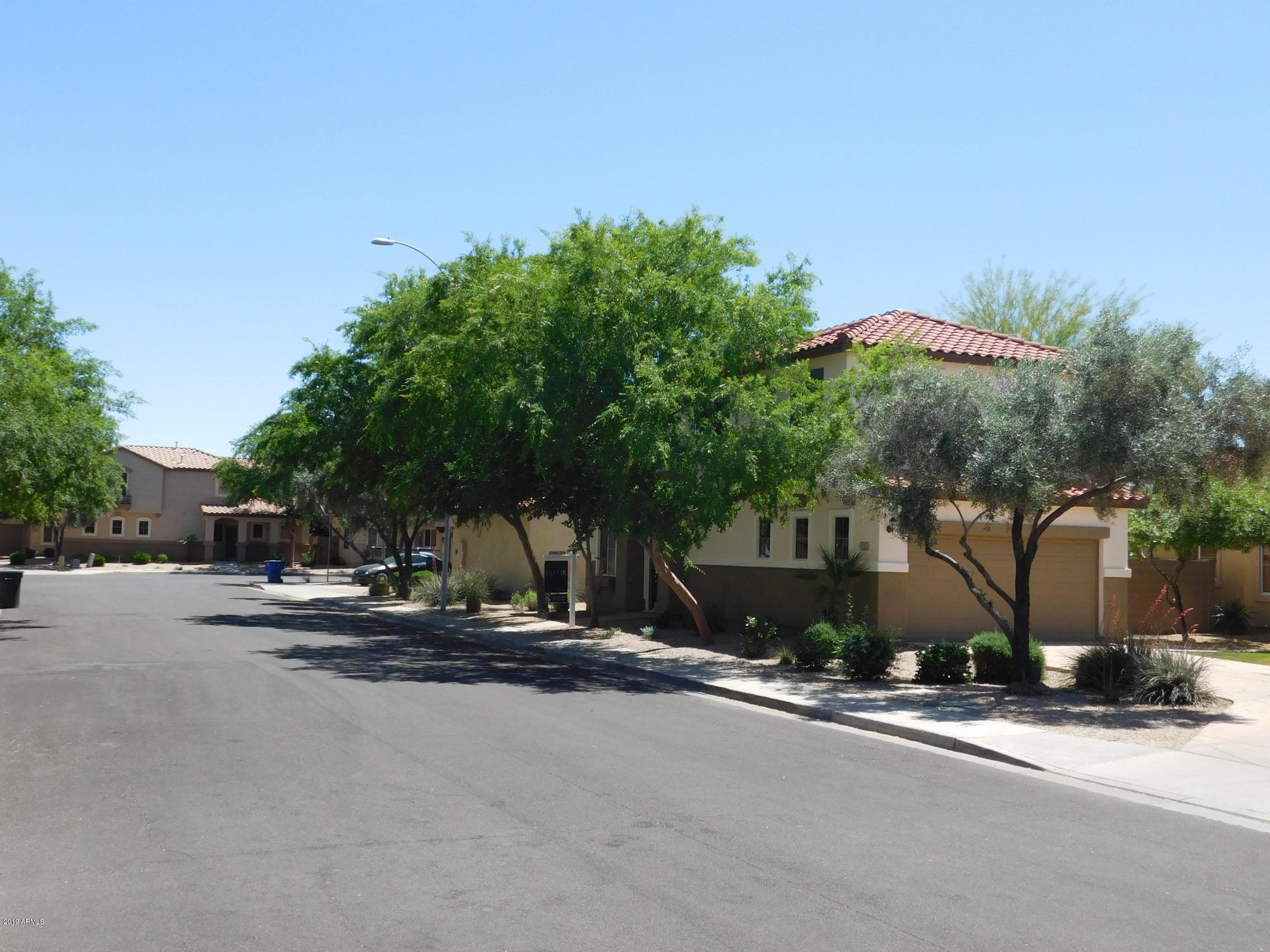643 E El Prado Road