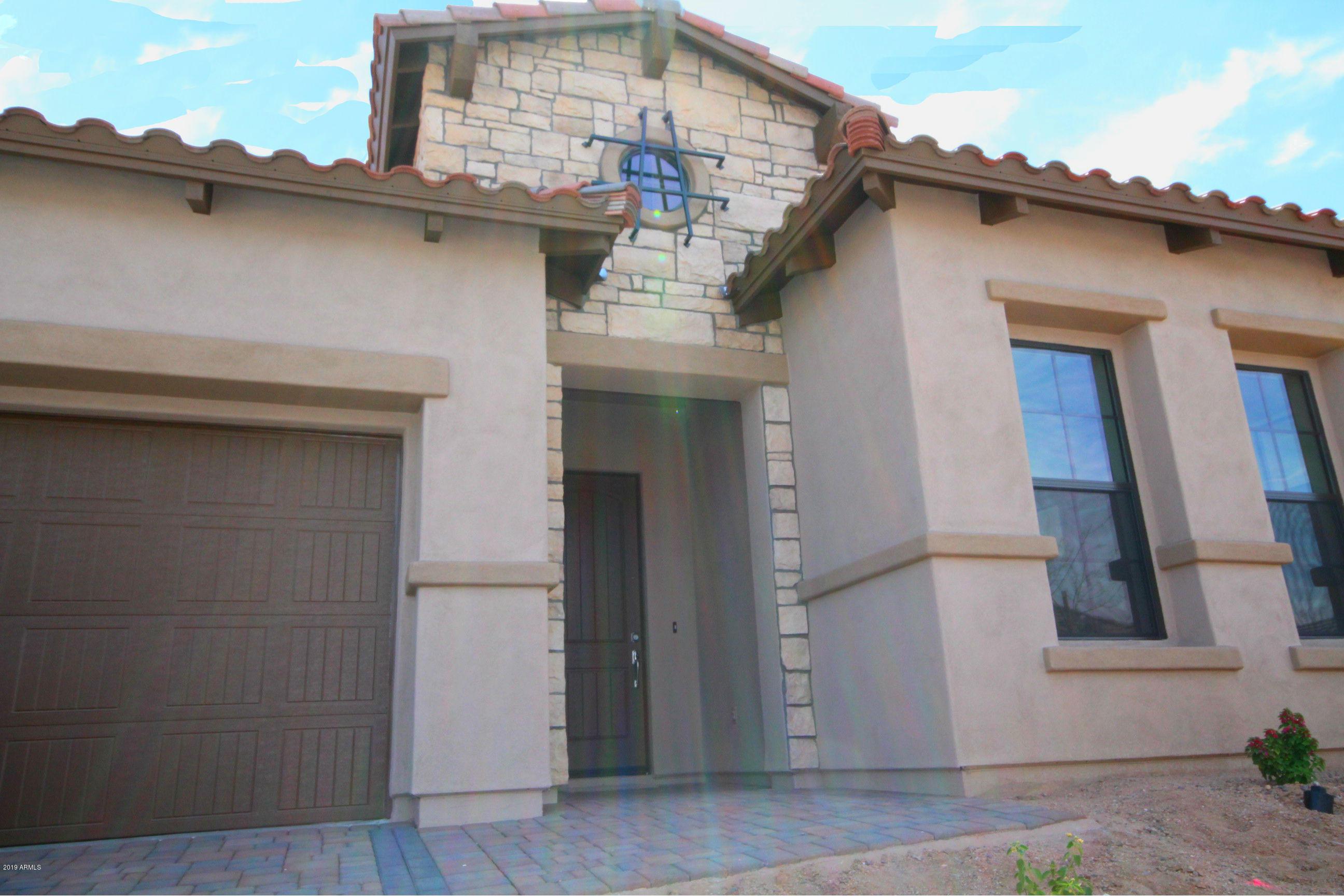 Photo of 2103 N RED CLIFF --, Mesa, AZ 85207