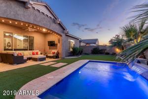 1040 E BUFFALO Street, Gilbert, AZ 85295