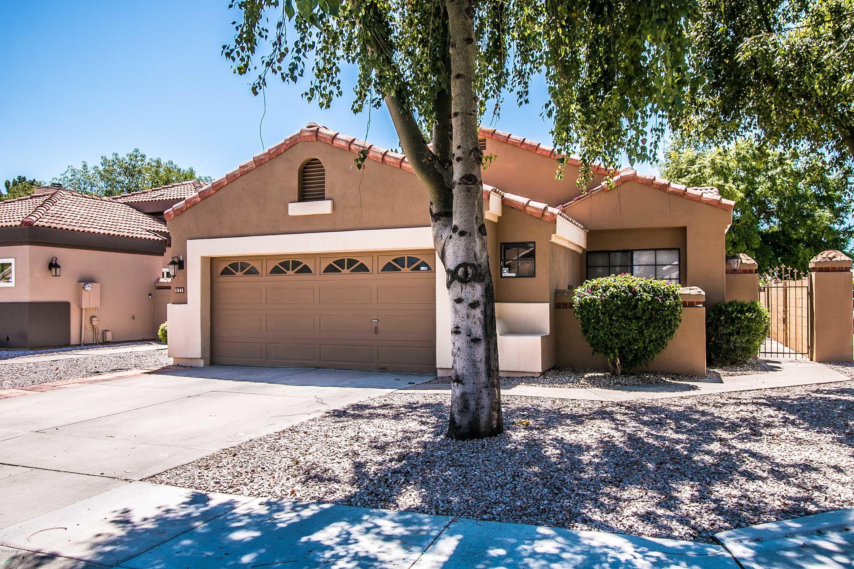 Photo of 1541 W LOBSTER TRAP Drive, Gilbert, AZ 85233