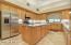 kitchen island w/sink