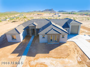 419 W WELD Street, San Tan Valley, AZ 85143