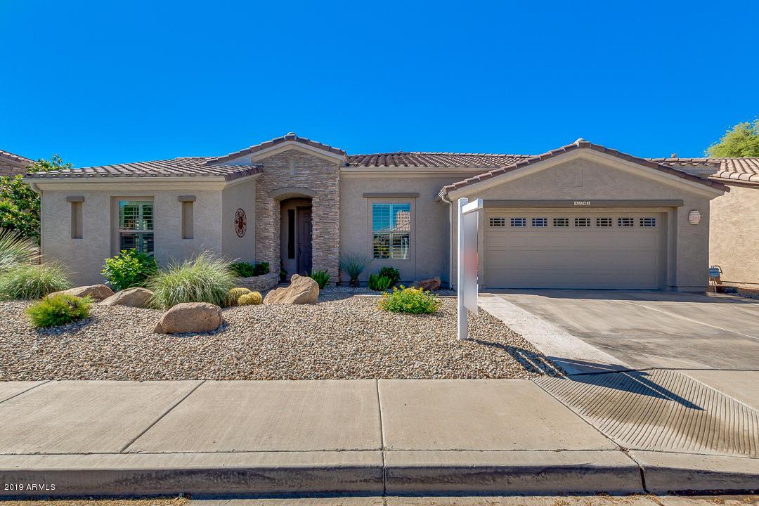 Photo of 4241 E CHESTNUT Lane, Gilbert, AZ 85298