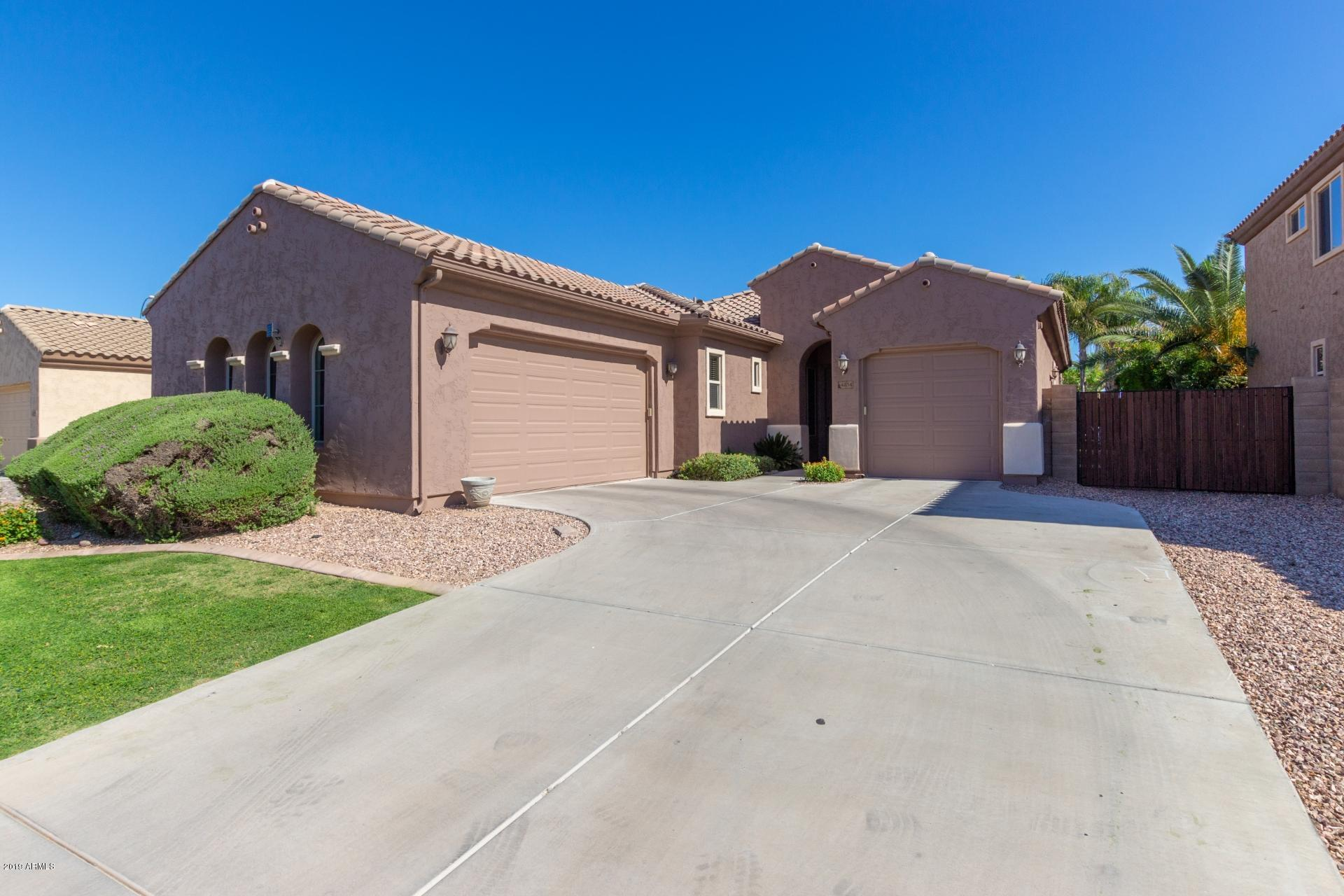 Photo of 4854 E PALM BEACH Drive, Chandler, AZ 85249