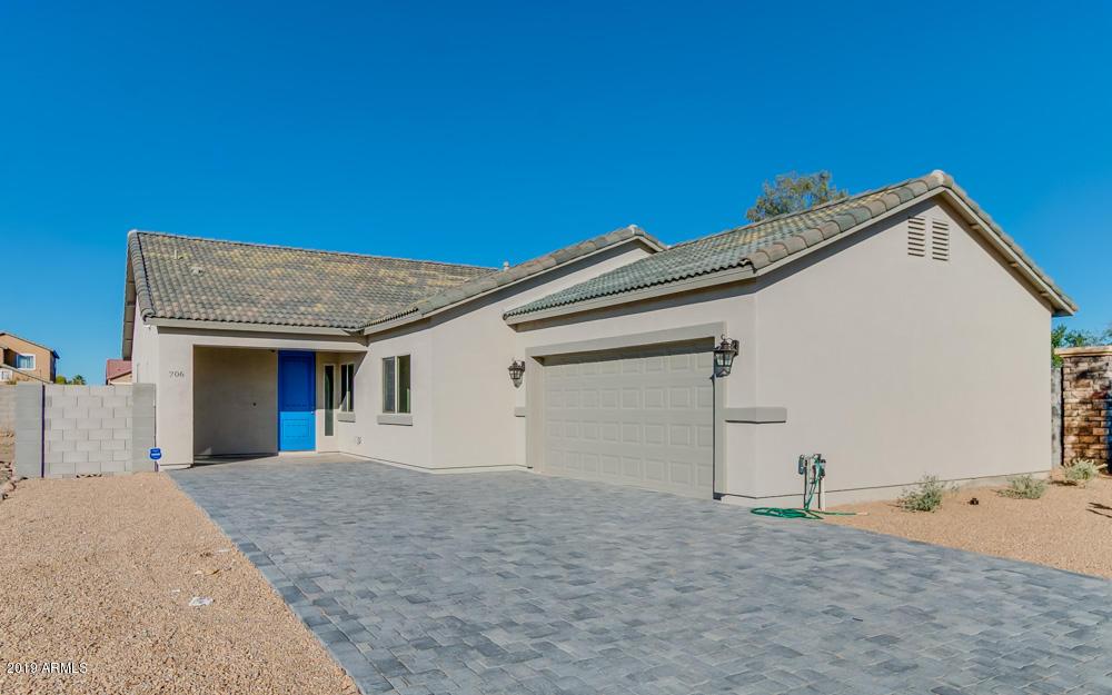 Photo of 706 W HARTFORD Avenue, Phoenix, AZ 85023