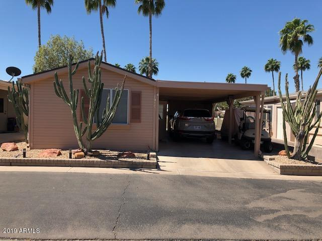 Photo of 1959 E TORREY PINES Lane, Chandler, AZ 85249