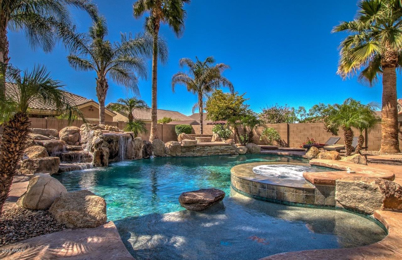 Photo of 5058 S GOLD LEAF Place, Chandler, AZ 85249