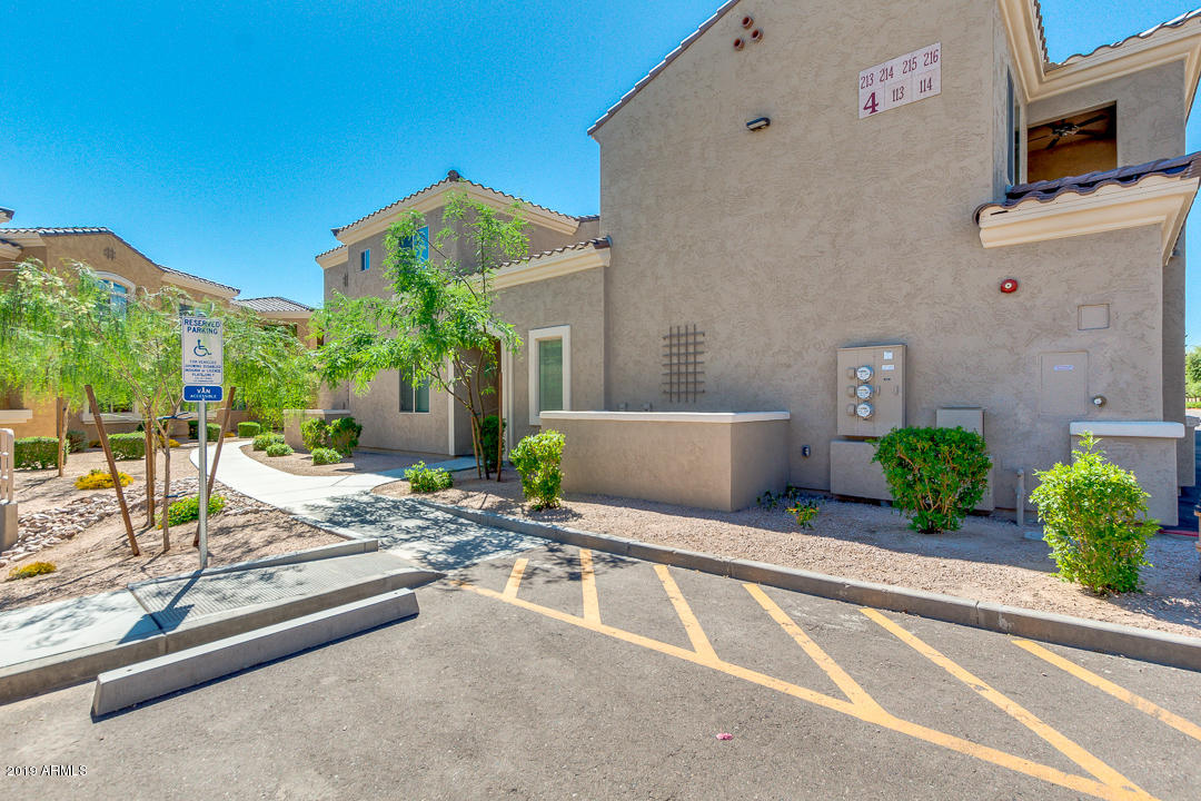 Photo of 900 S CANAL Drive #213, Chandler, AZ 85225