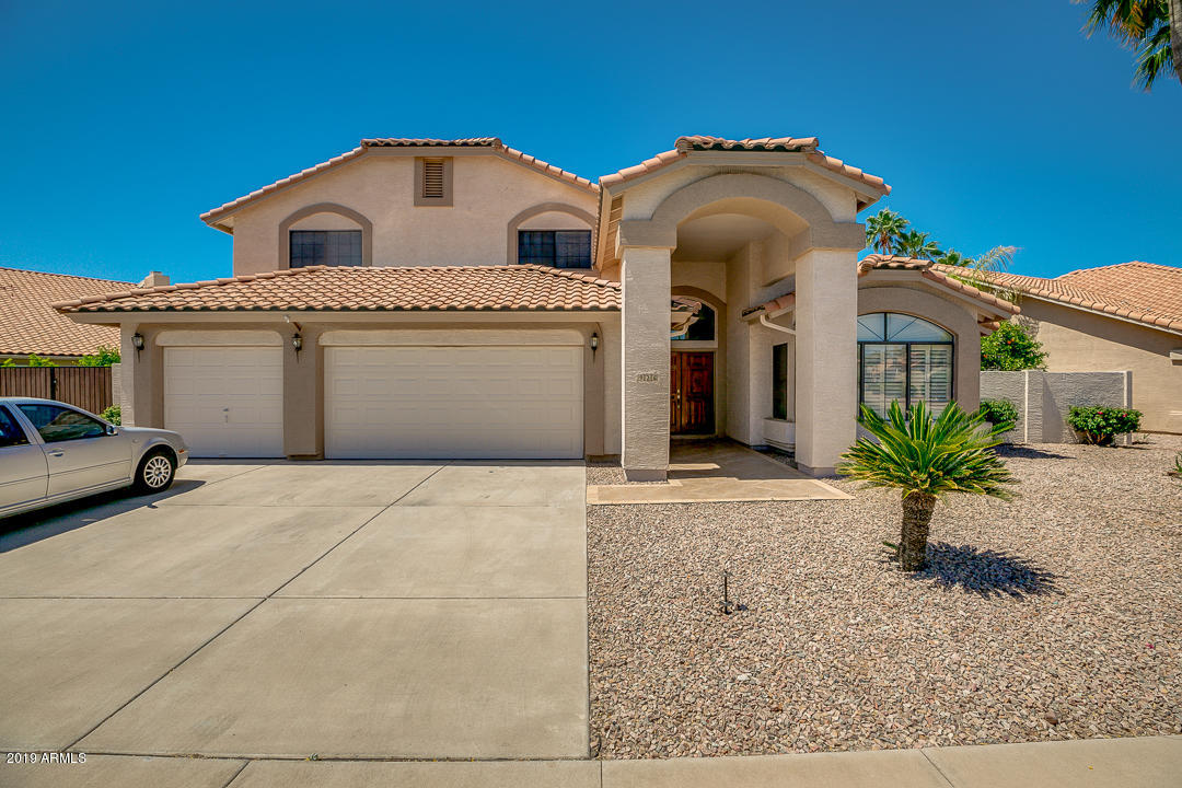 Photo of 926 W WAGNER Drive, Gilbert, AZ 85233