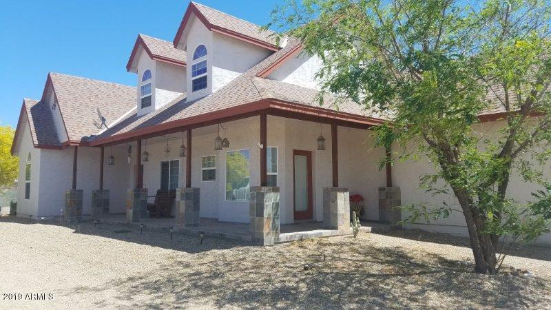 Photo of 21239 W FLORENTINE Road, Wittmann, AZ 85361