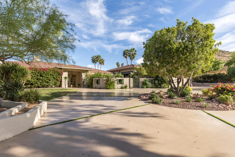 Photo of 4659 E FOOTHILL Drive, Paradise Valley, AZ 85253