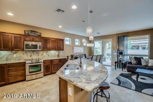 392 E LADDOOS Avenue, San Tan Valley, AZ 85140